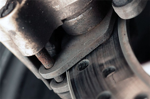 10 Quick steps for changing brake pads