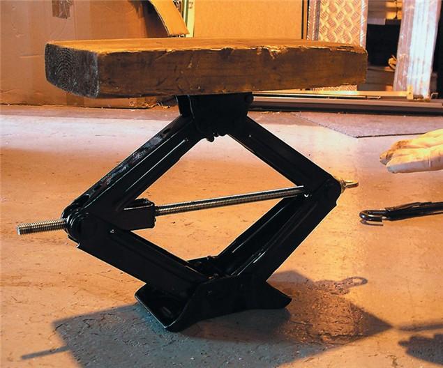 D.I.Y: Wheel Removal