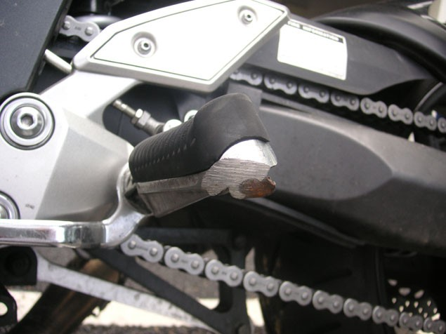 Living with a 2006 Yamaha FZ1 Fazer