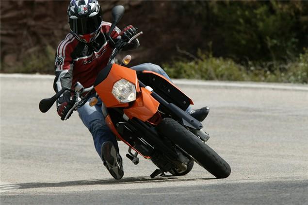 Tomatina: Ducati Multistrada S, KTM 950SM & BMW K1200R