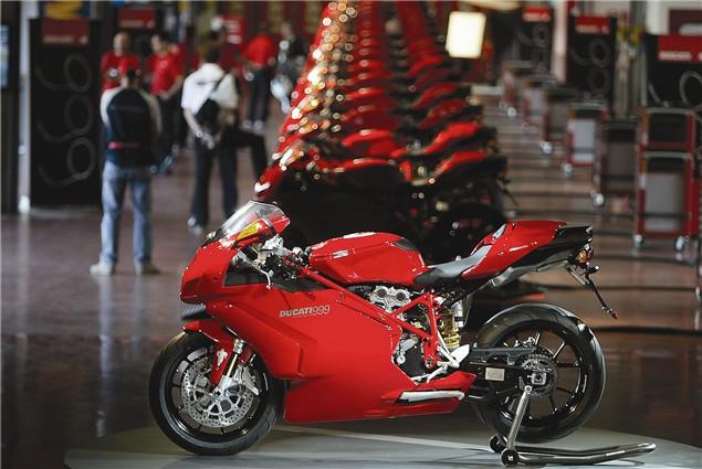 First Ride: 2005 Ducati 999