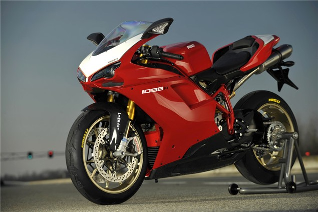 First ride: Ducati 1098R