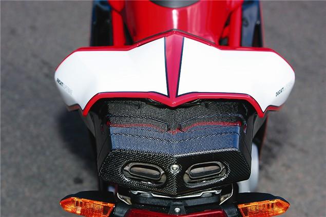 Road Test: Ducati 999R