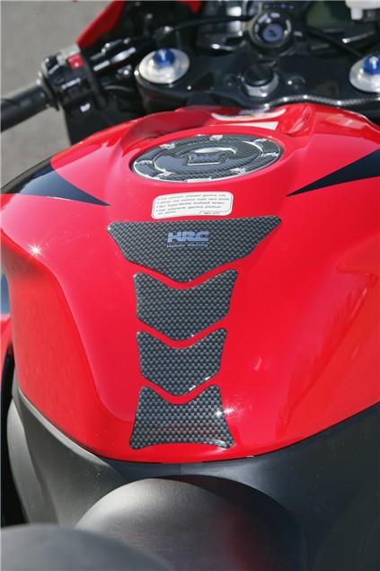 First Ride: Honda CBR600RR (2007)