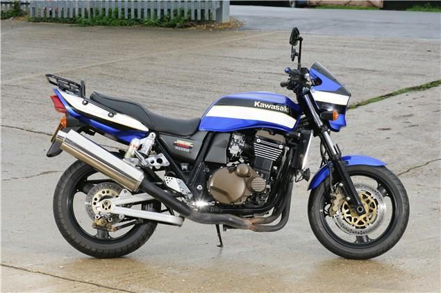Used Review: Kawasaki ZRX11 & 1200