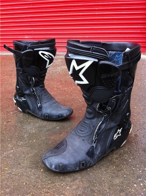 new stuff alpinestars s mx plus r boots visordown. Black Bedroom Furniture Sets. Home Design Ideas