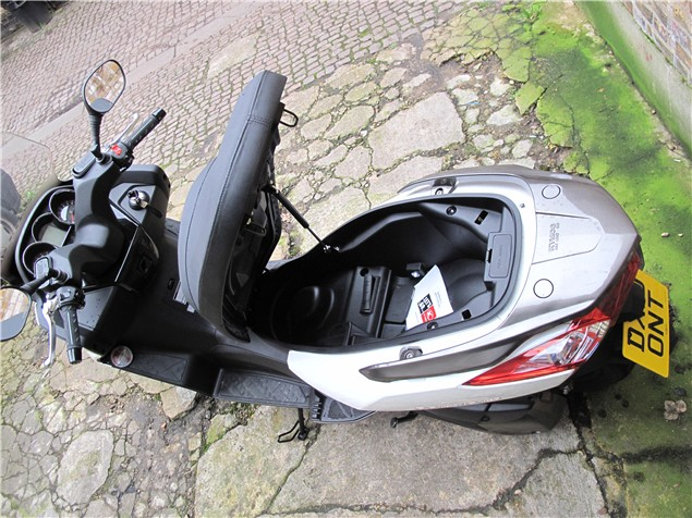 First Ride: Kymco Downtown 300i review