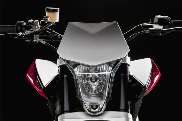First Look: Husqvarna Nuda 900R