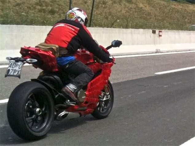 Ducati 1199 spied. Again.