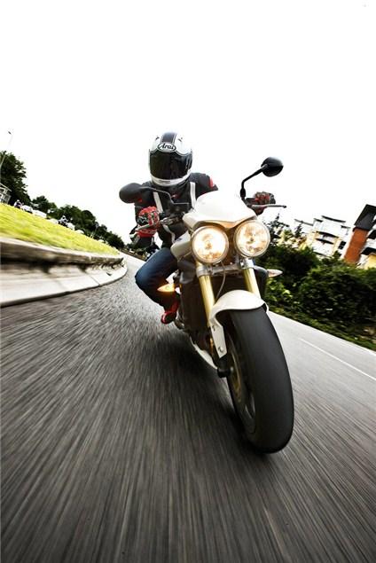 Triumph leads big-bike sales charts