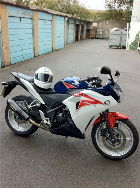 Commuting on a Honda CBR250R