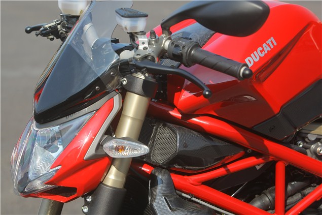 Streetfighter 848, with added bling