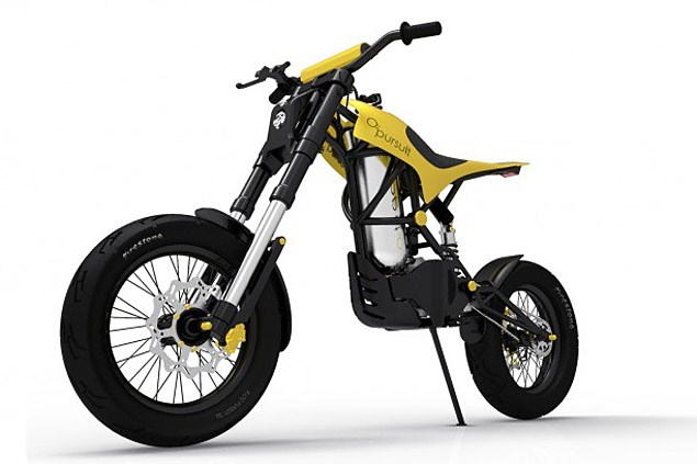 Compressed air-powered motorcycle
