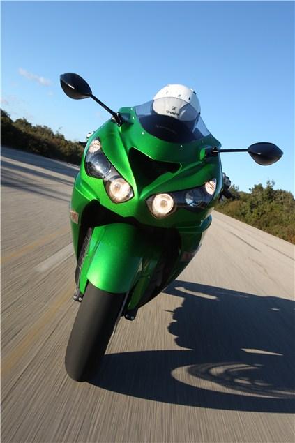 2012 Kawasaki ZZR1400 review