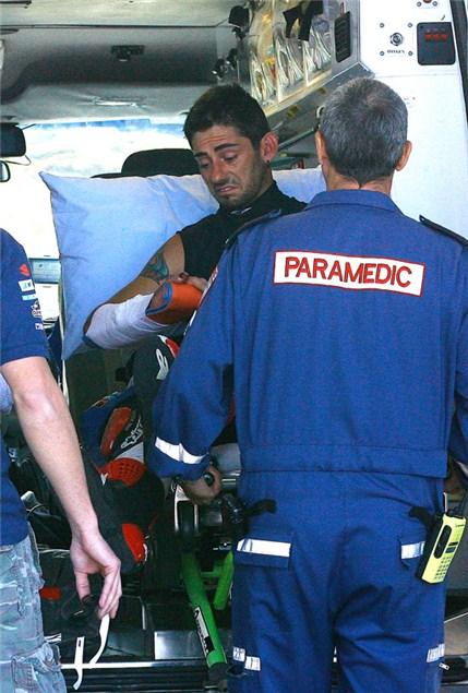 Hopkins breaks hand in test crash