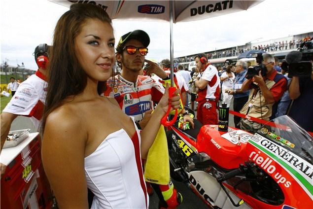 Vote for Ducati's 848 Challenge girls