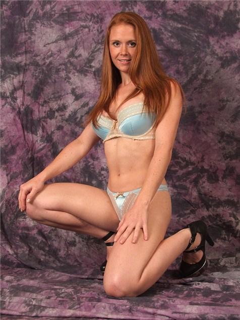 Samantha, 26, Essex