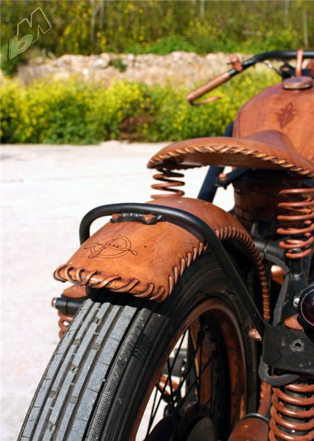 Snippet Copper Tips The Nailasaurus: Copper And Leather BMW