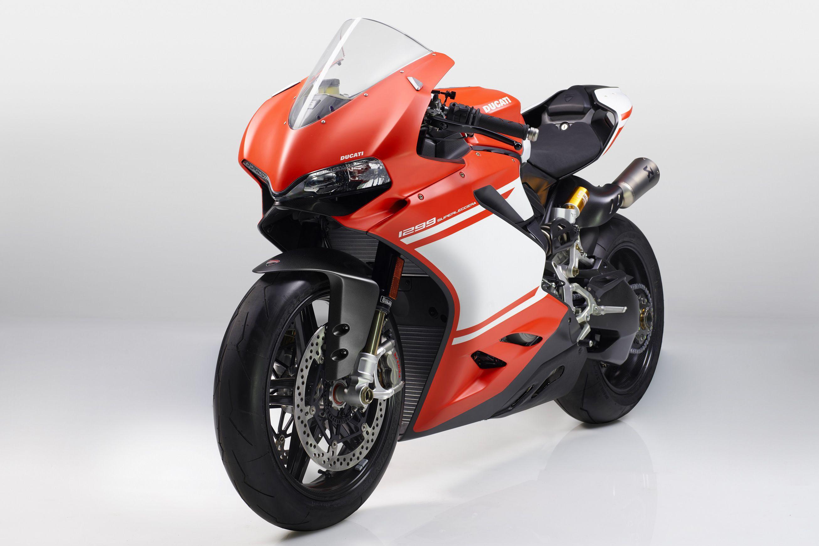 Ducati Superleggera Review