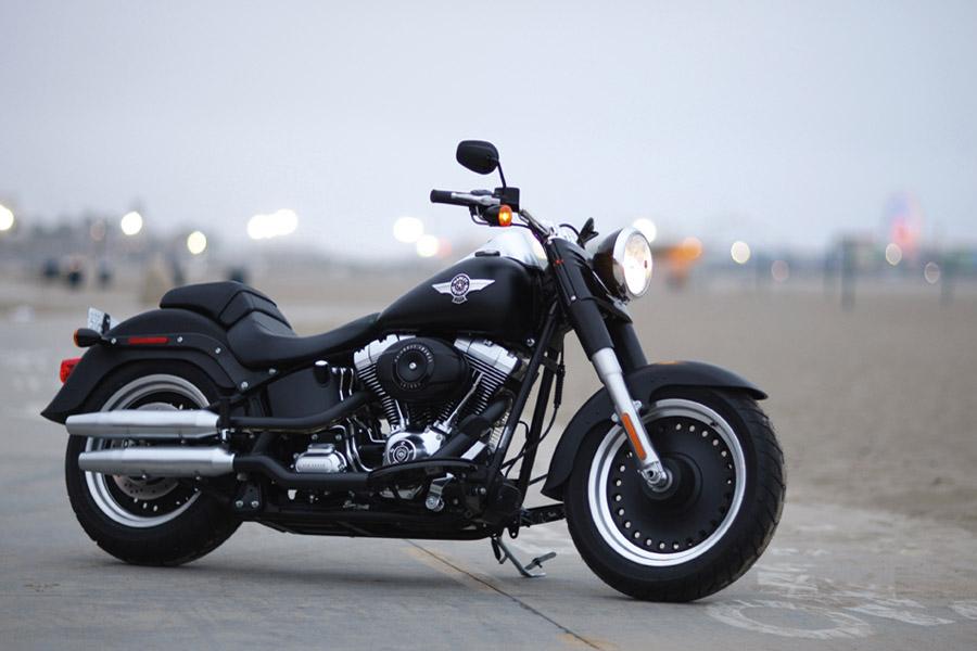 First Ride: 2010 Harley-Davidson Fat Boy... | Visordown
