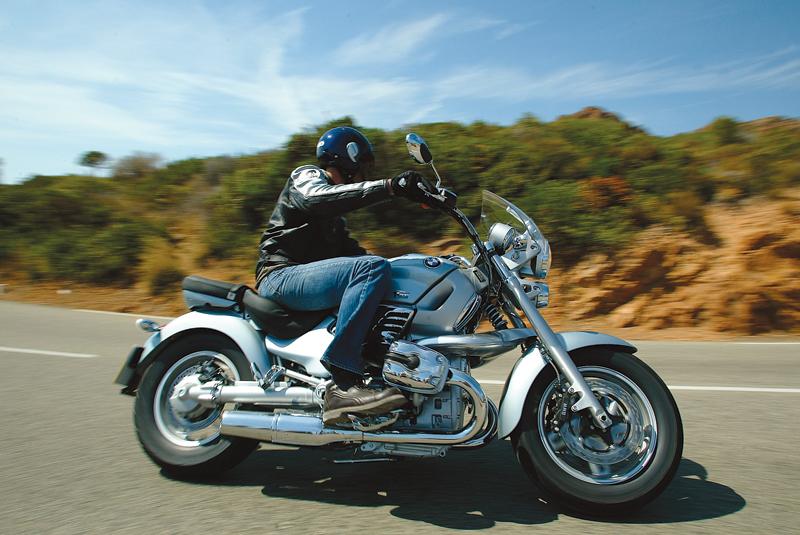 First Ride 2004 Bmw R1200c Montauk Visordown