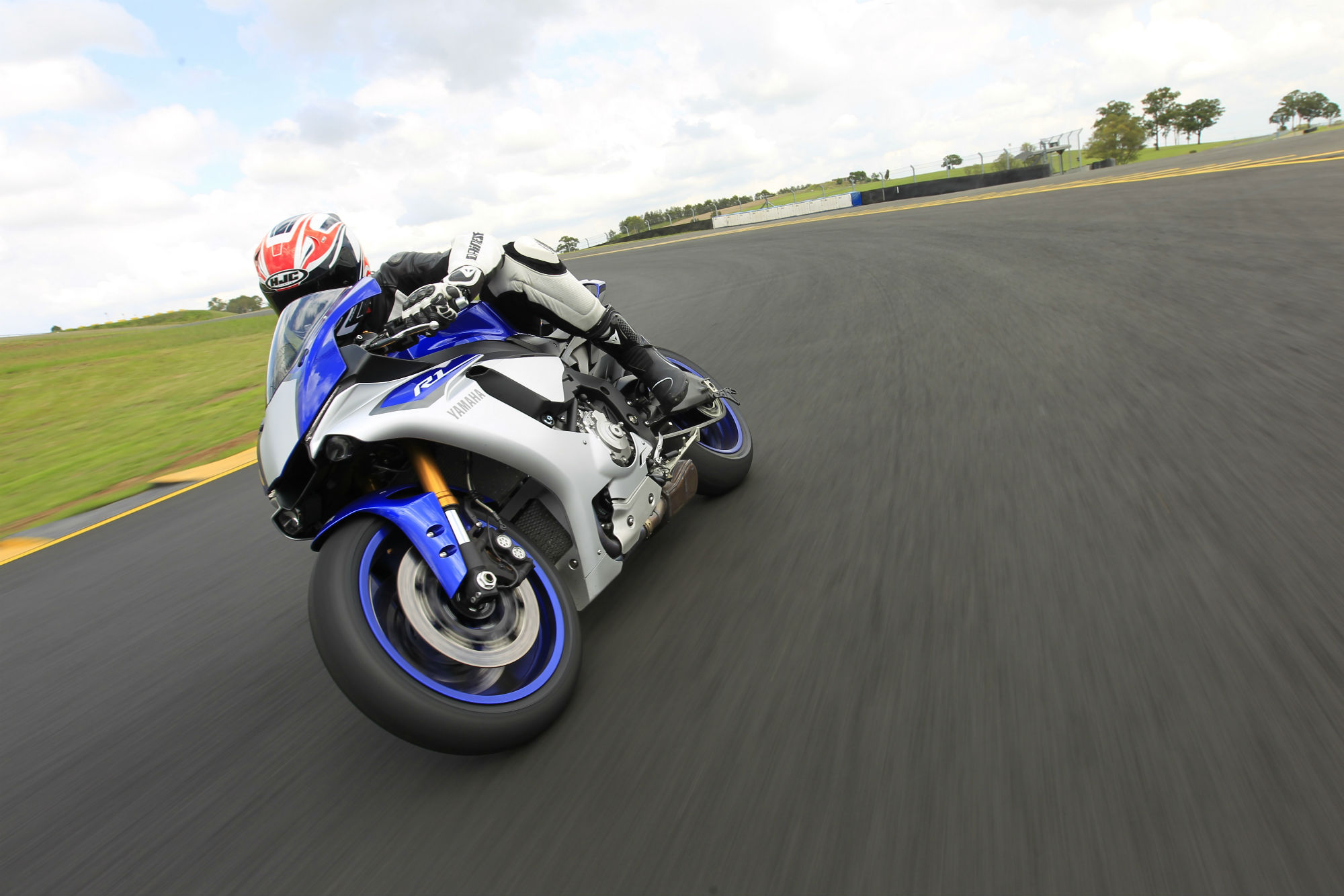 yamaha r1. from the moment yamaha unveiled all-new 200hp r1 last year, it was clear going to be a serious weapon. was, firm said, developed not from