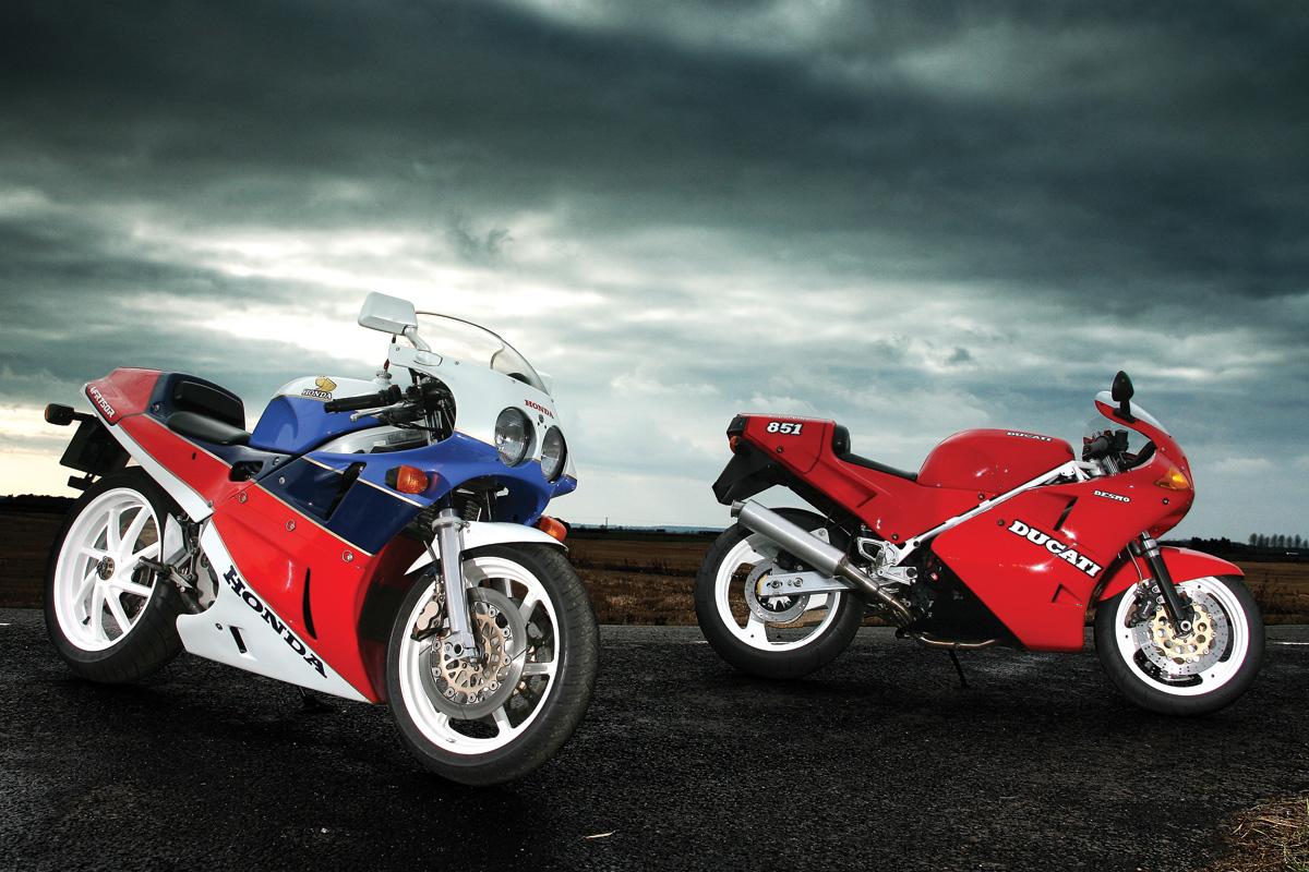Class of '89: Honda RC30 V Ducati 851 | Visordown