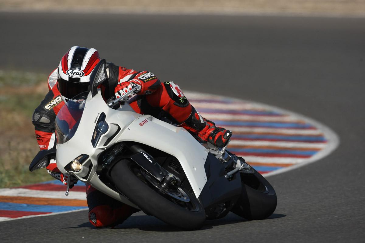 First Ride: 2008 Ducati 848   Visordown