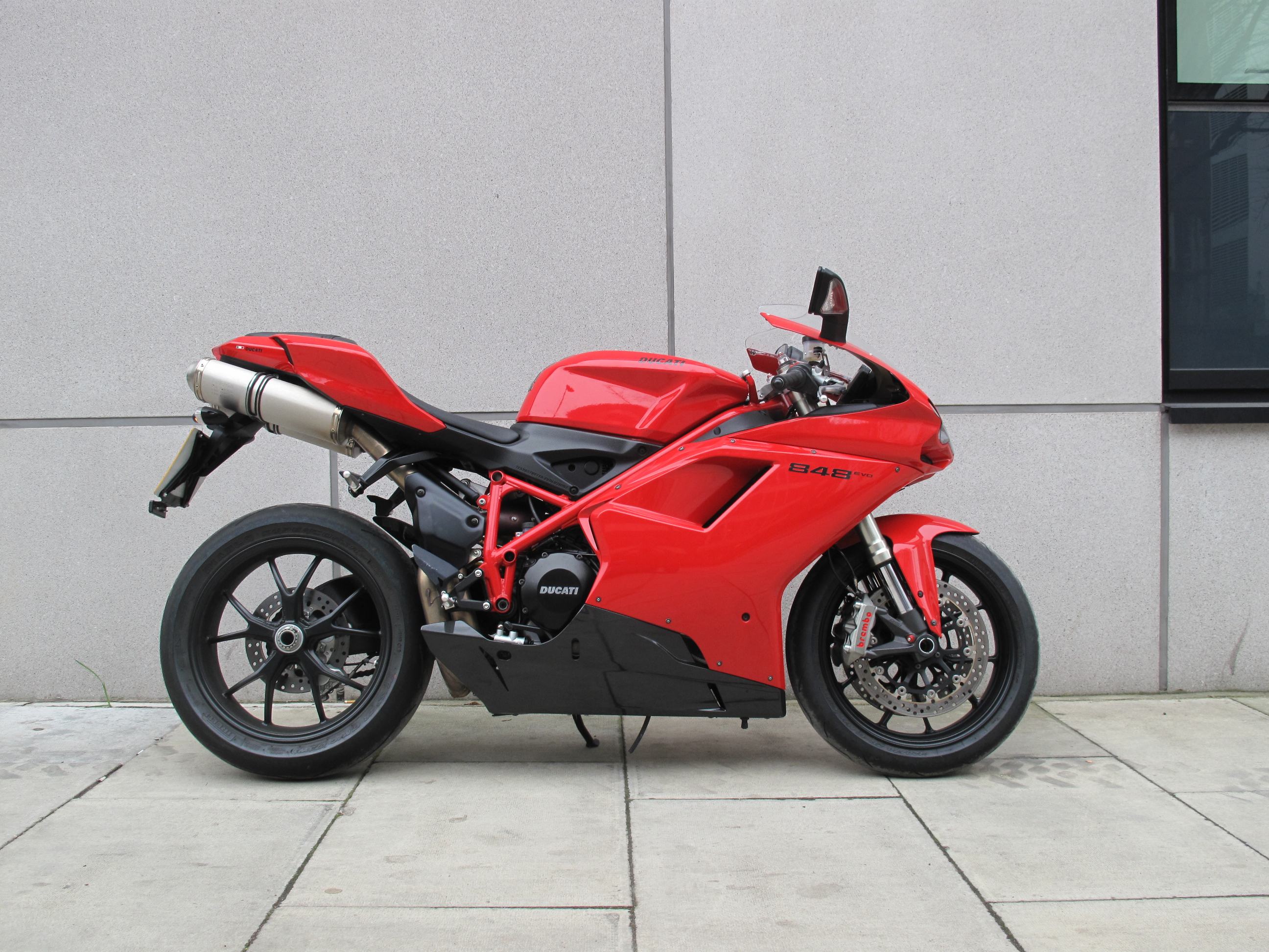Awesome First Ride Ducati 848 Evo Review Visordown Pabps2019 Chair Design Images Pabps2019Com