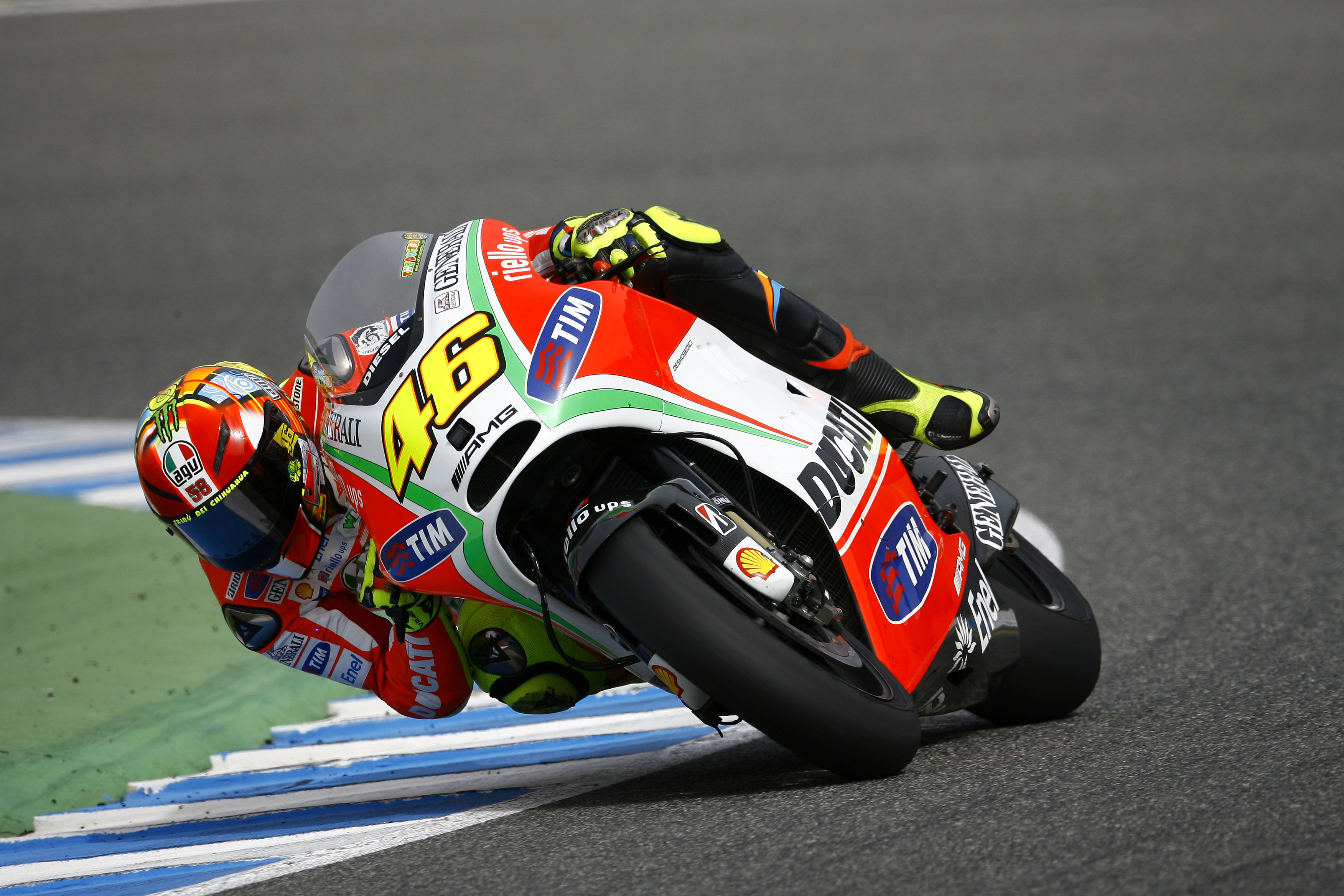 rossi no miracle for ducati at qatar visordown. Black Bedroom Furniture Sets. Home Design Ideas