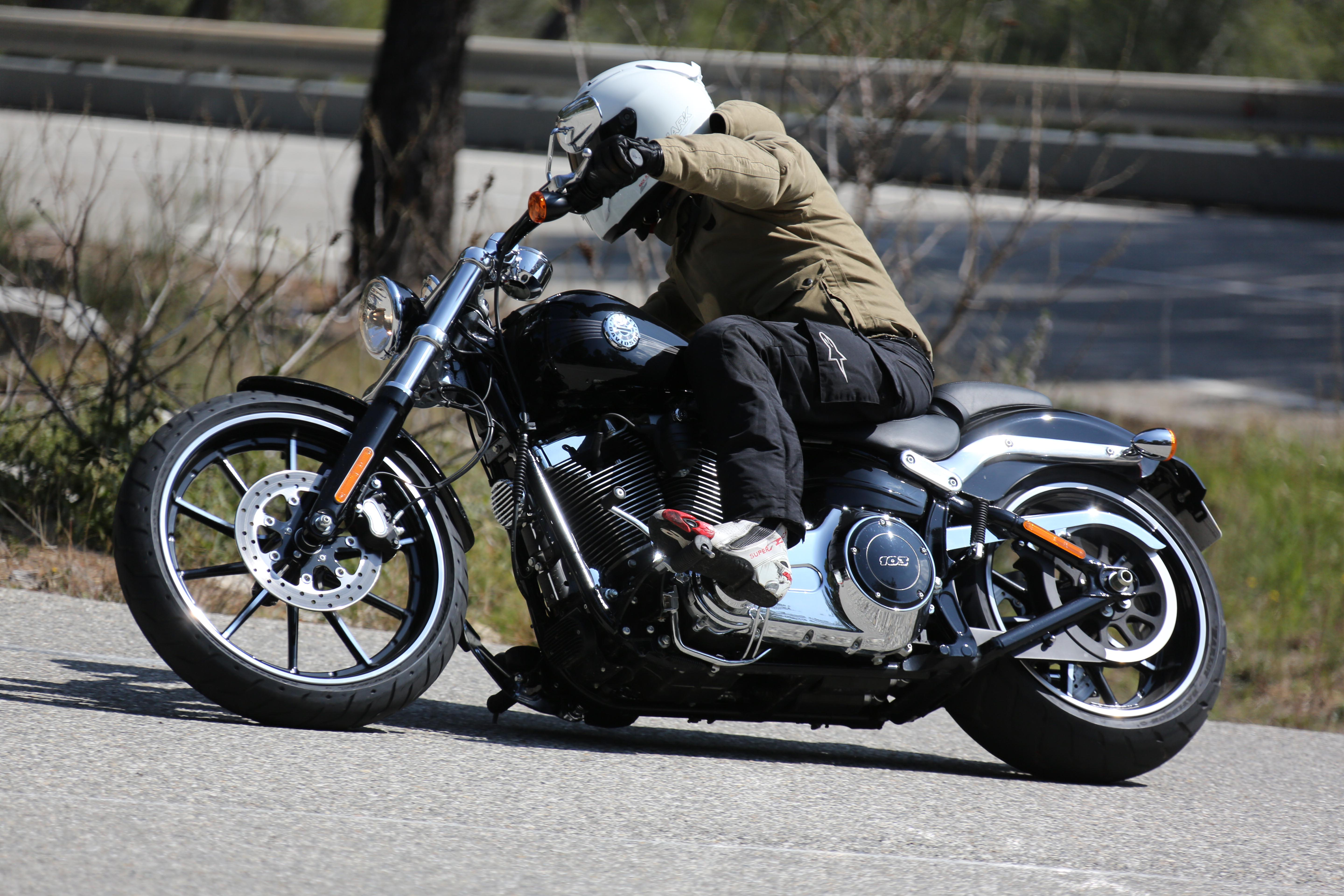 First Ride Harley Davidson Breakout Review Visordown