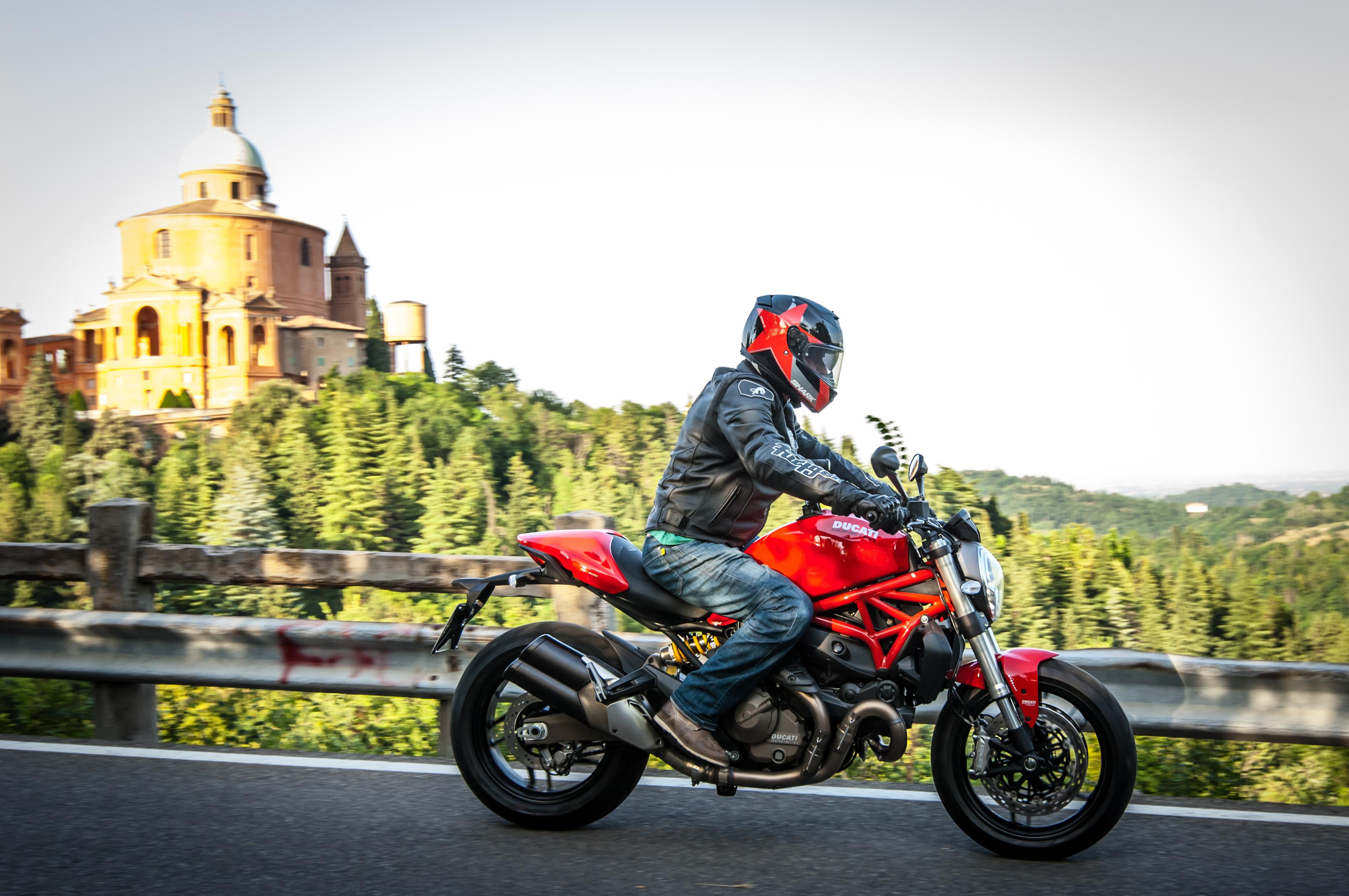 Bikes Like Ducati Monster