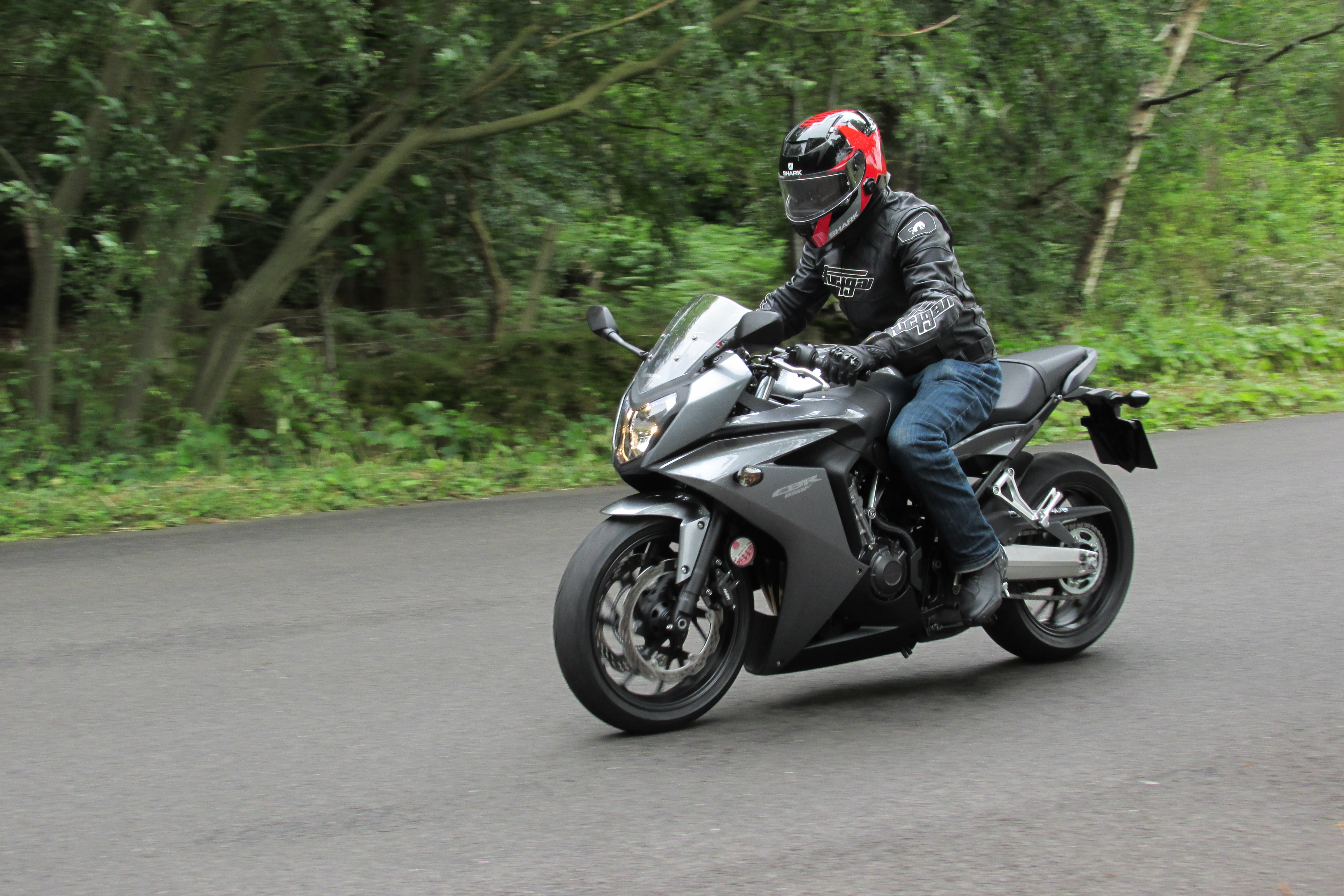 Uk Road Test Honda Cbr650f Review Visordown