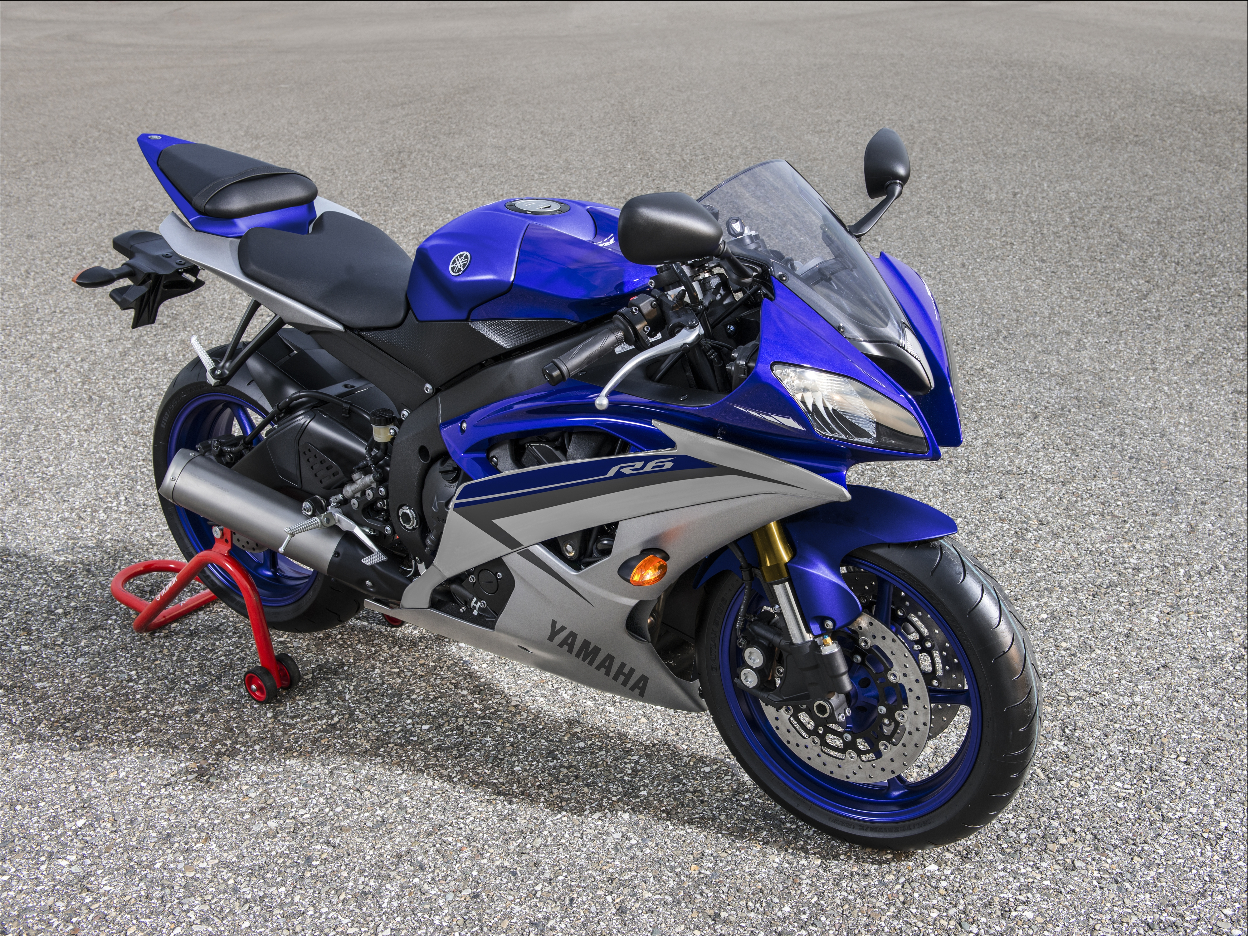 New colours for Yamaha R6 and R125