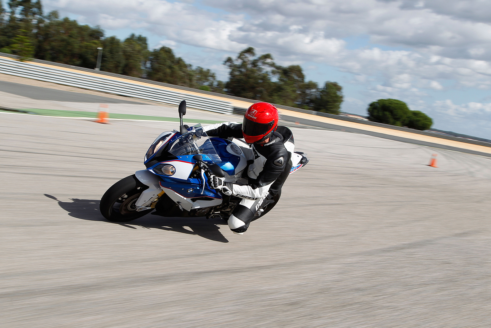 BMW offers retro-fit cornering ABS for S1000RR