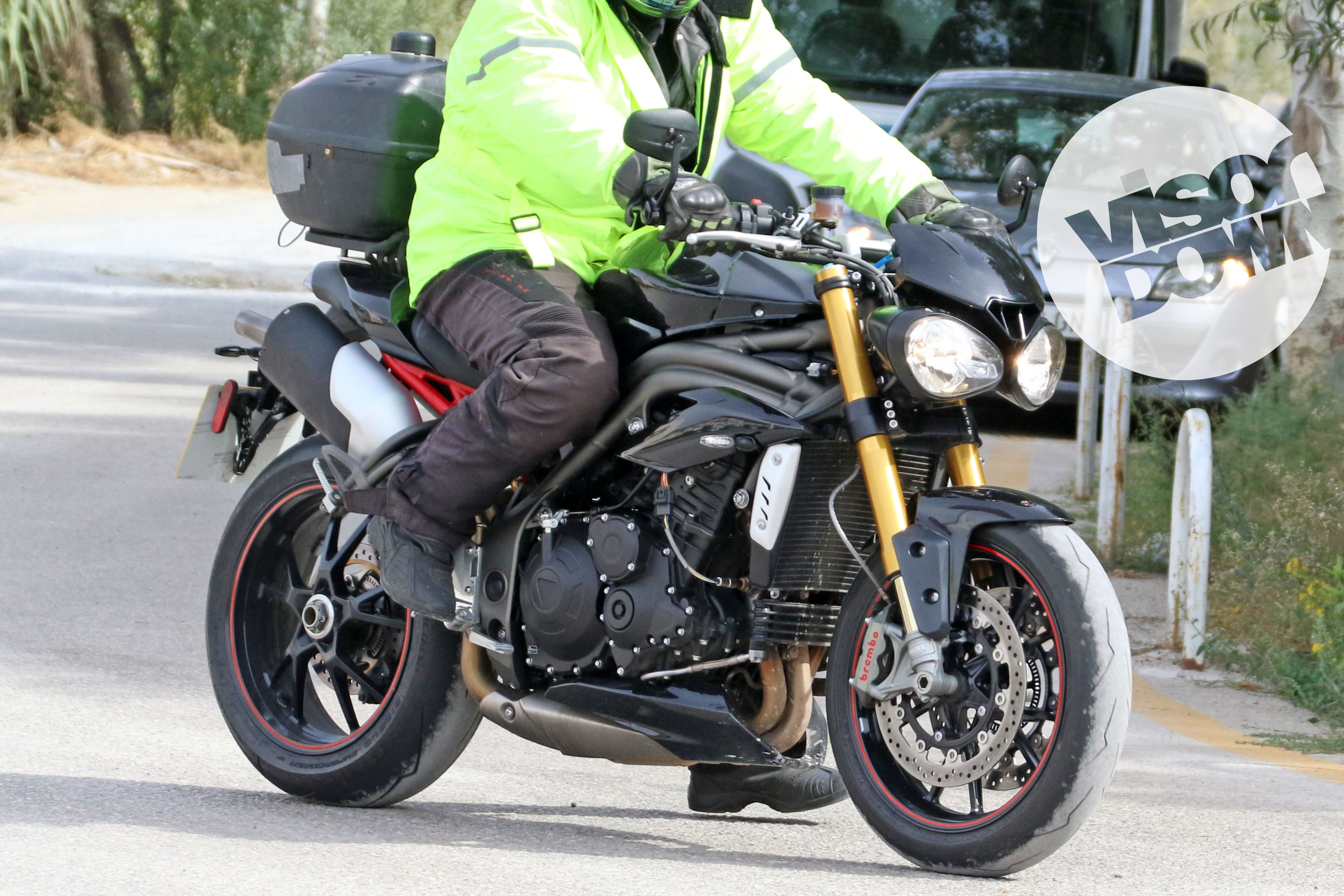 new triumph speed triple r revealed visordown. Black Bedroom Furniture Sets. Home Design Ideas