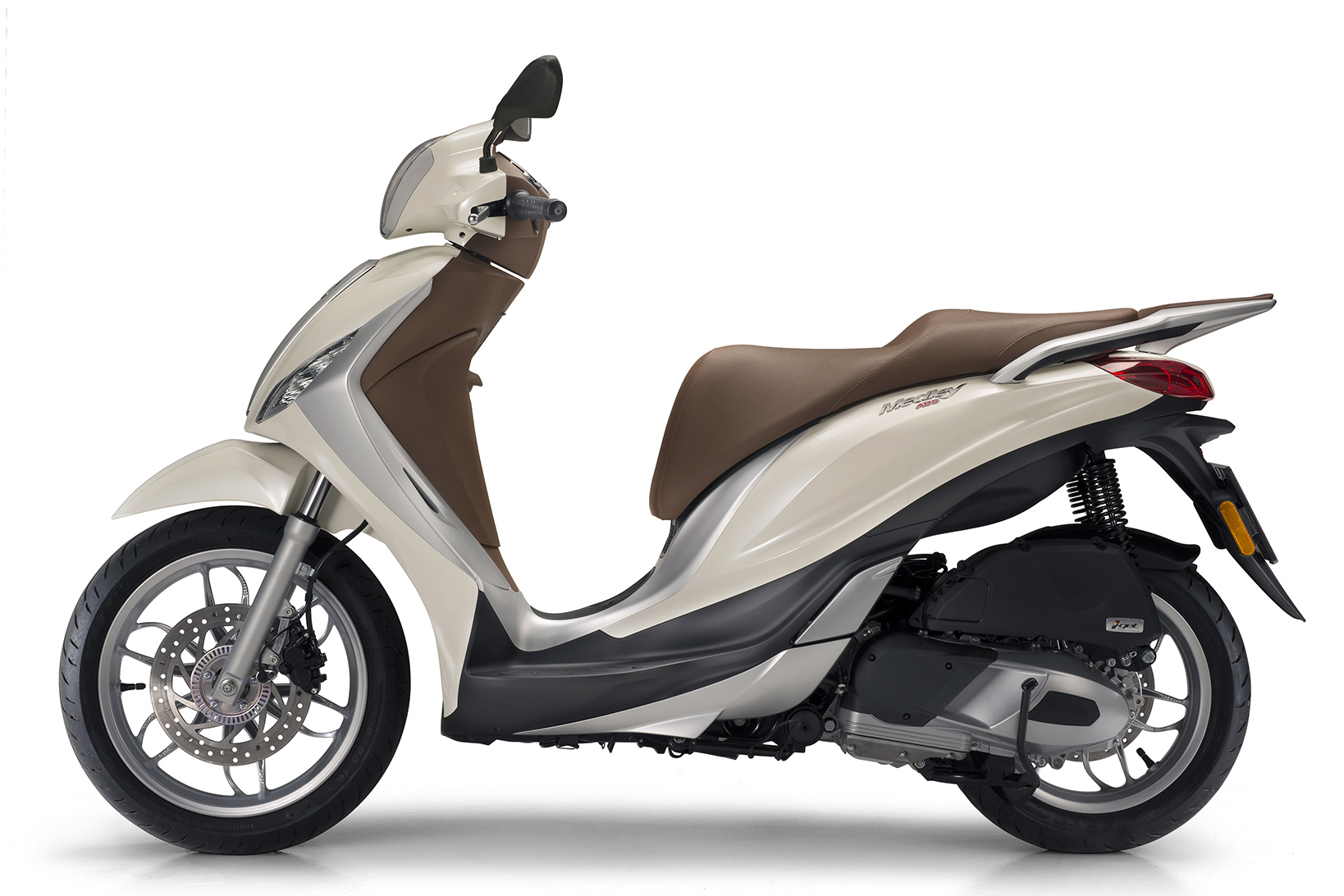 piaggio launches new medley scooter plus | visordown
