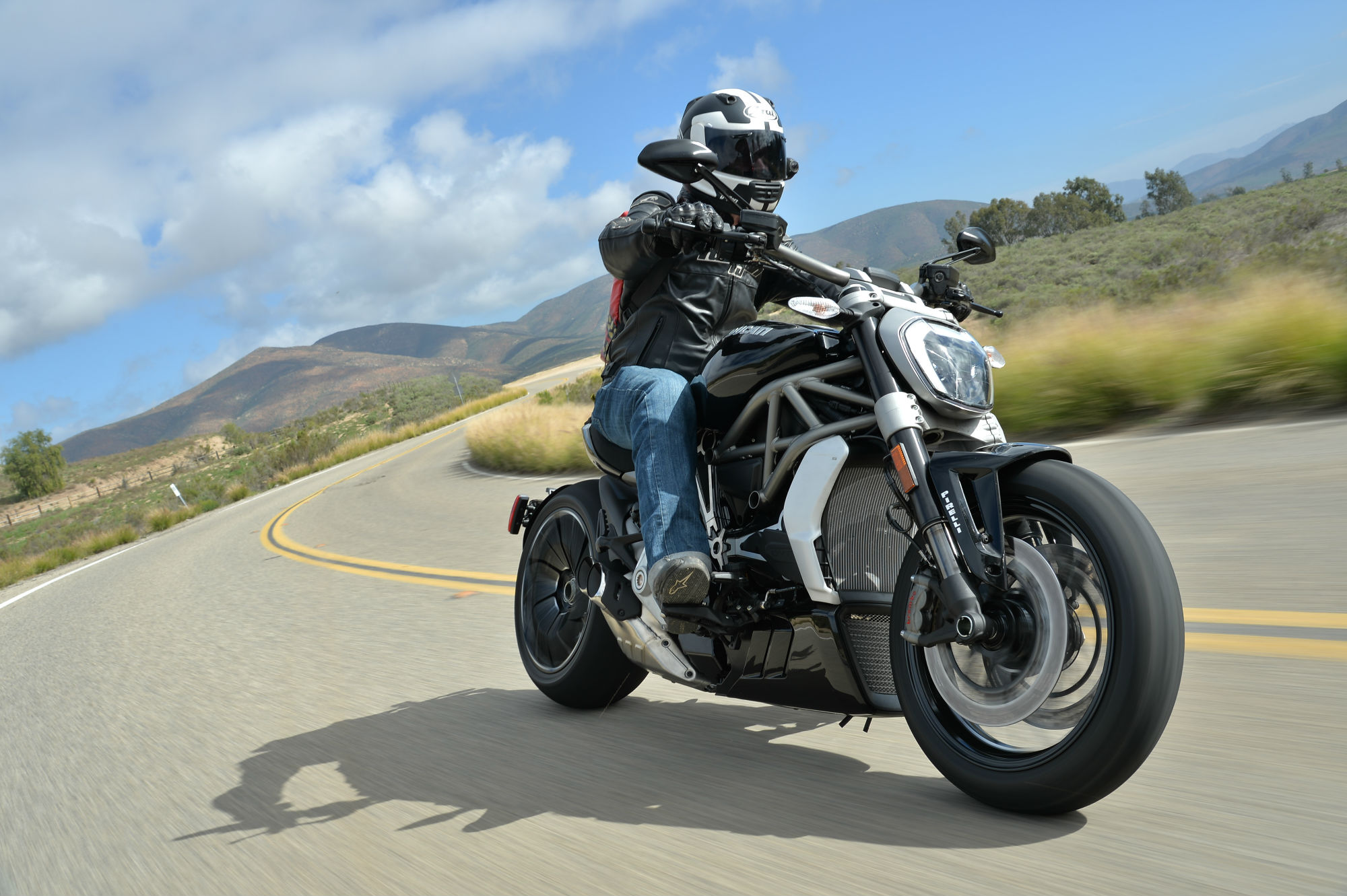 First Ride Ducati Xdiavel S Review Visordown