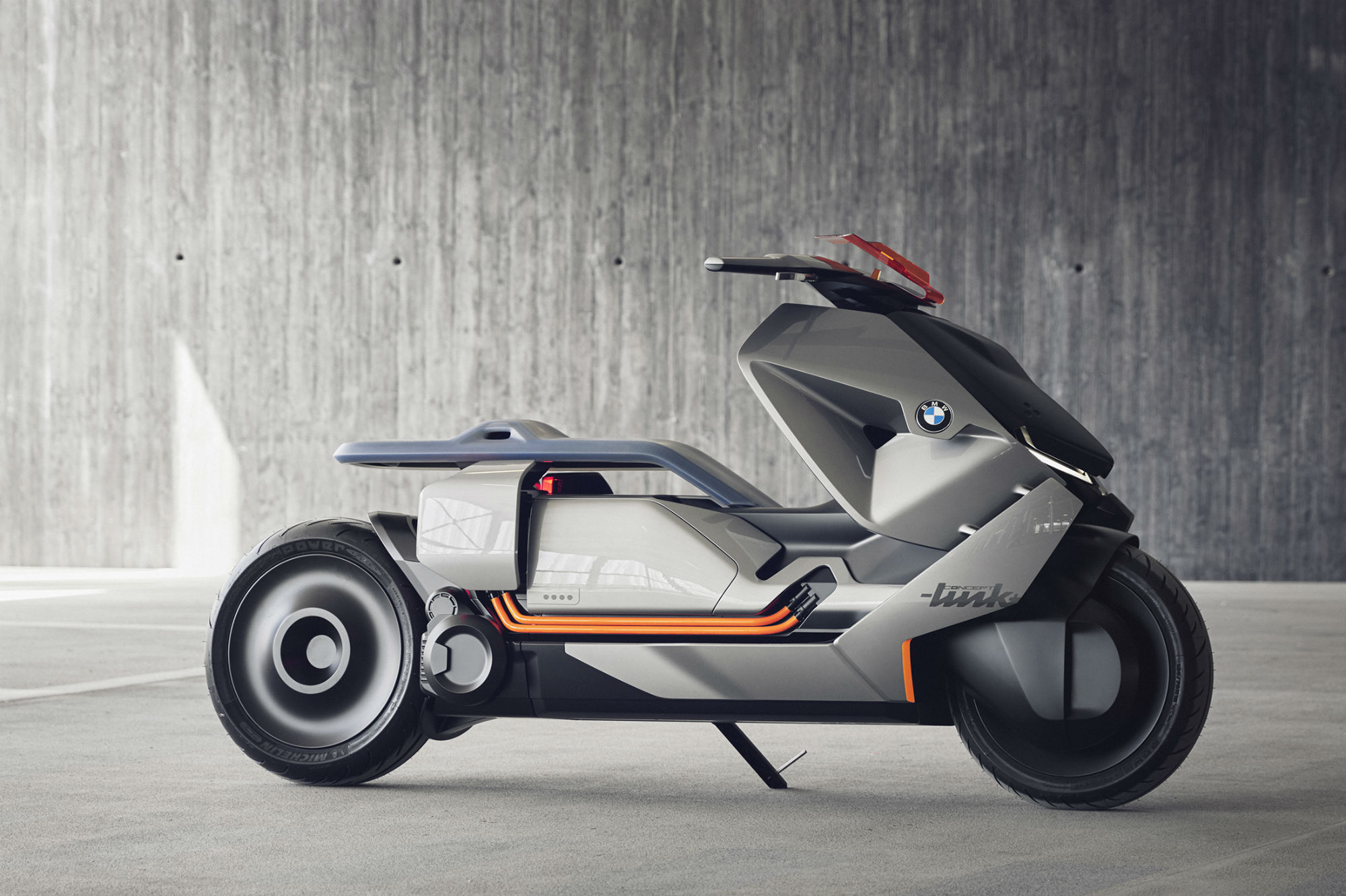 Racing Number Decals >> BMW's new 'Concept Link' scooter | Visordown