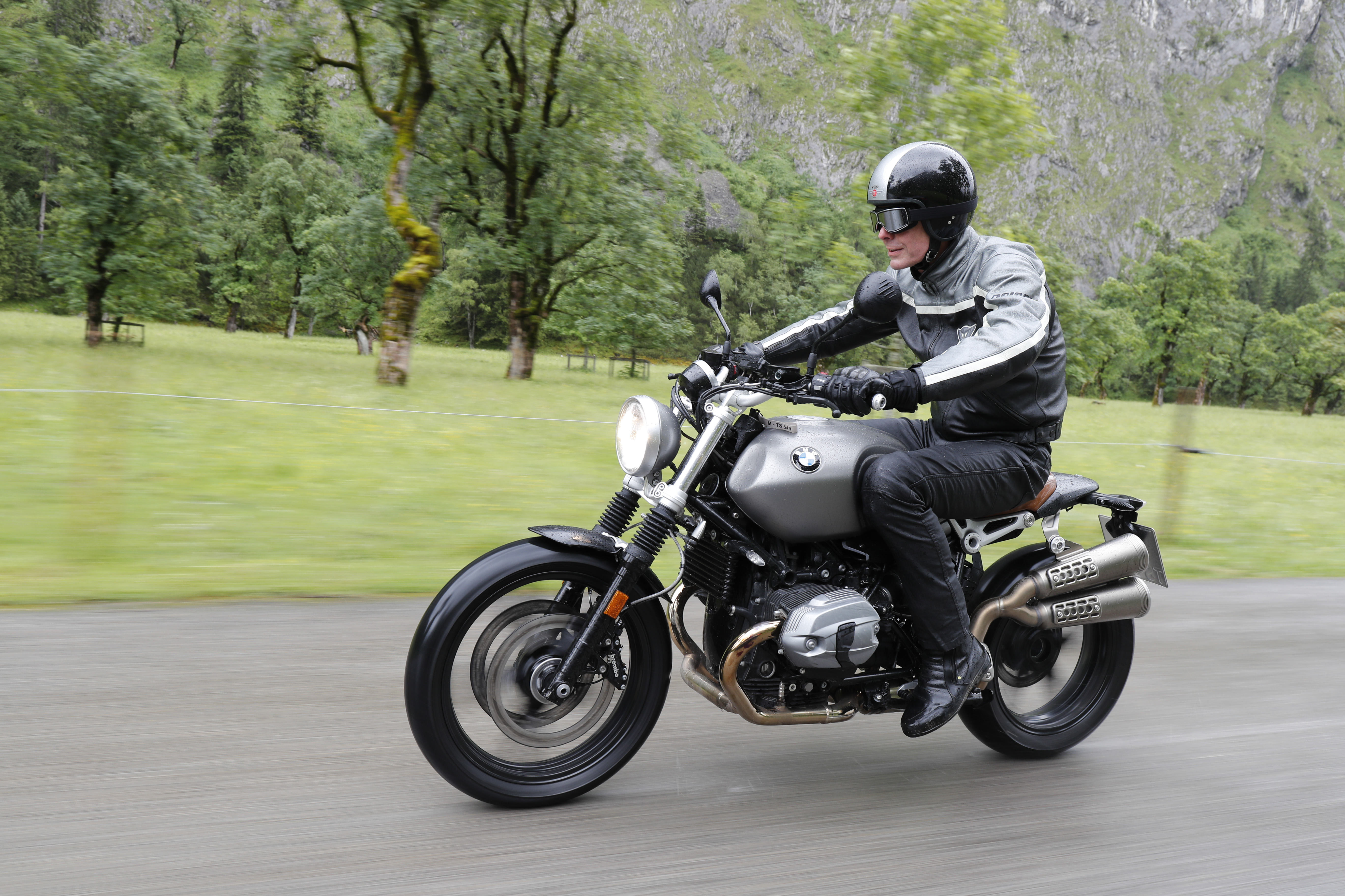 BMW%20R%20nineT%20Scrambler%20riding Extraordinary Bmw R 1200 R Nine T Cars Trend