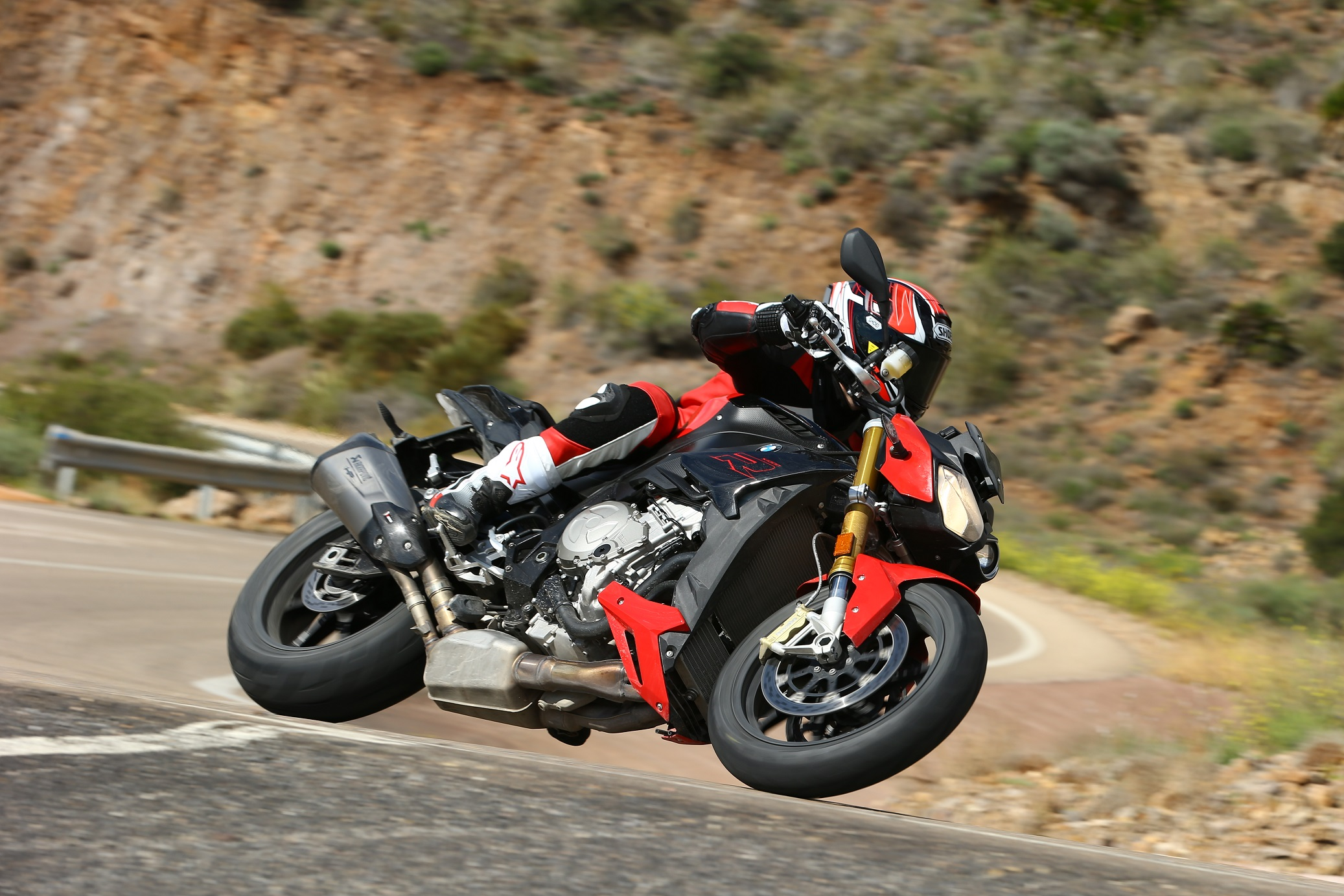 First ride: 2017 BMW S1000R Sport review | Visordown