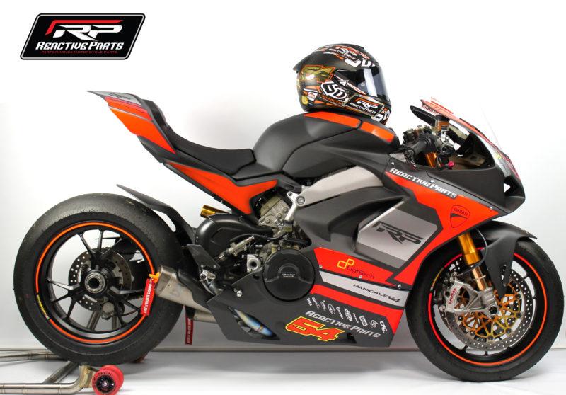 Ducati Panigale V4 to make road-racing debut at Macau GP
