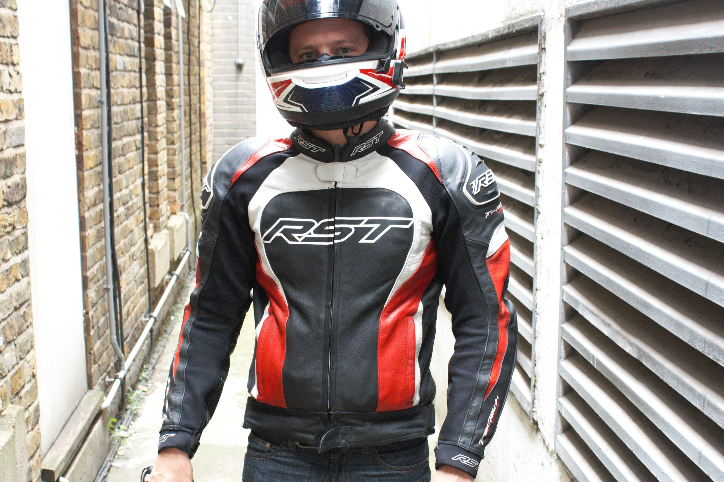 Rst Tractech Evo 2 Jacket Review Visordown