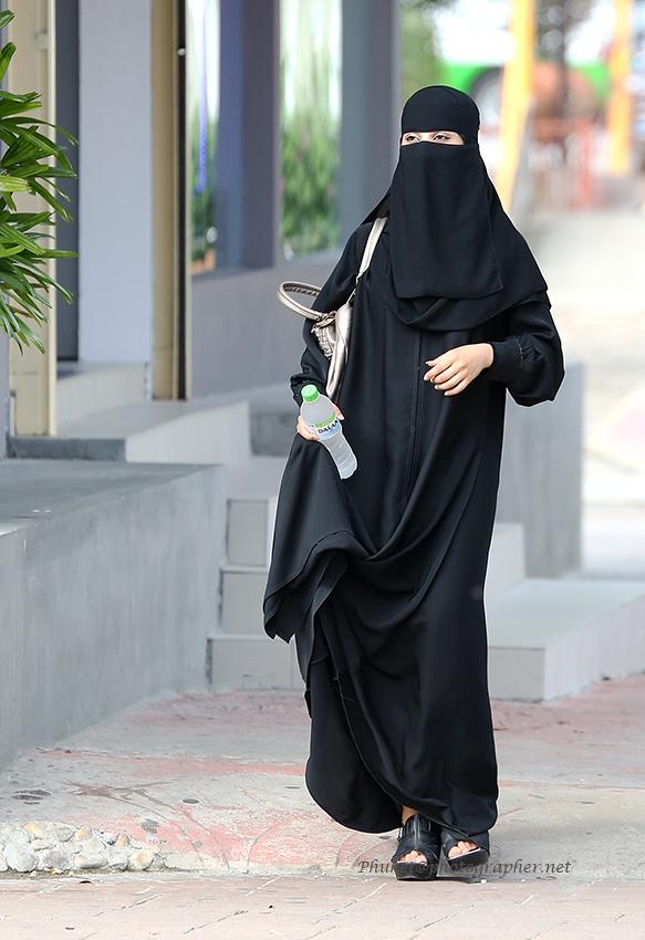 Motorcycling ban on Saudi women lifted