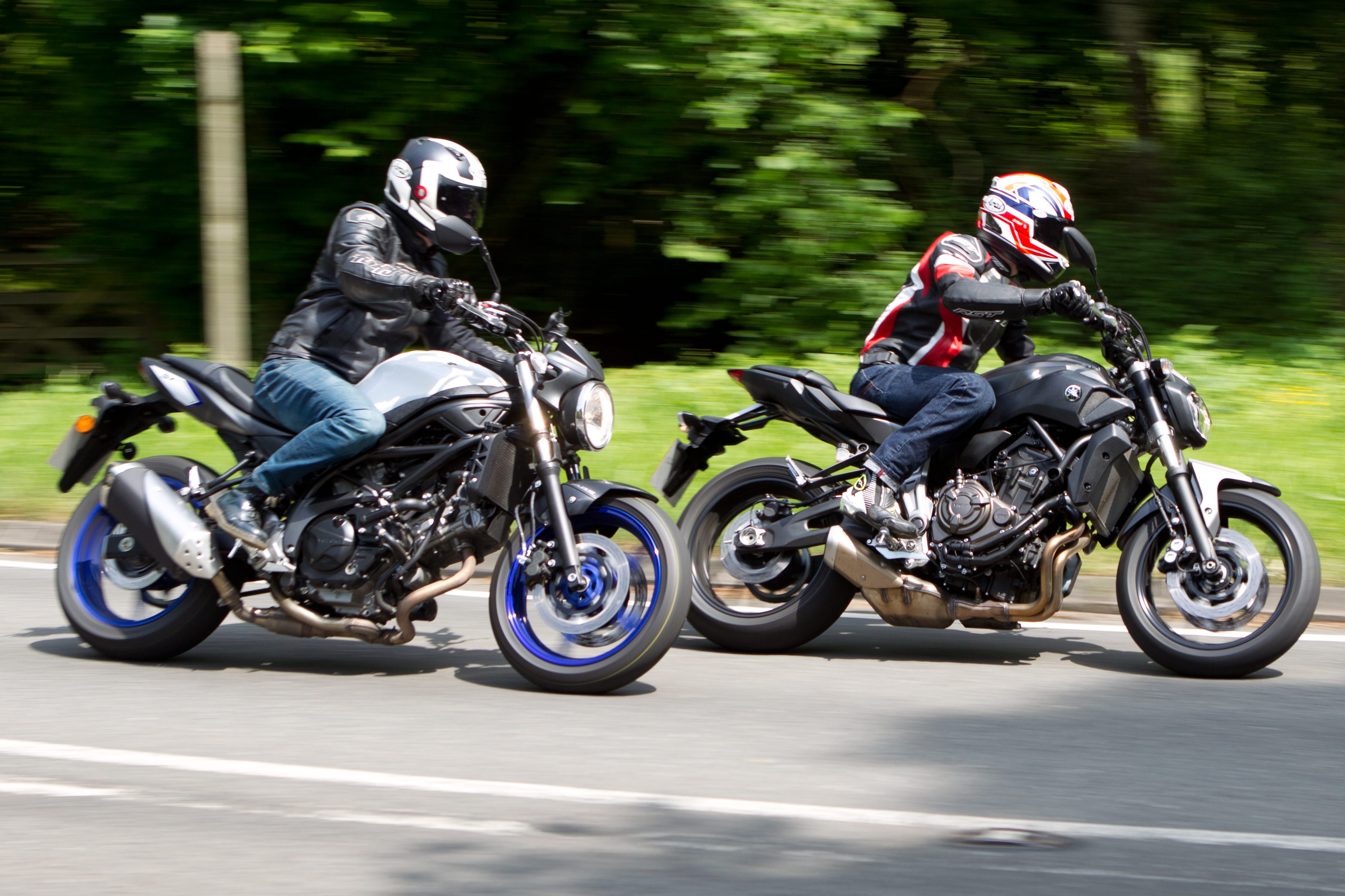 Suzuki Sv Vs Ducati Monster