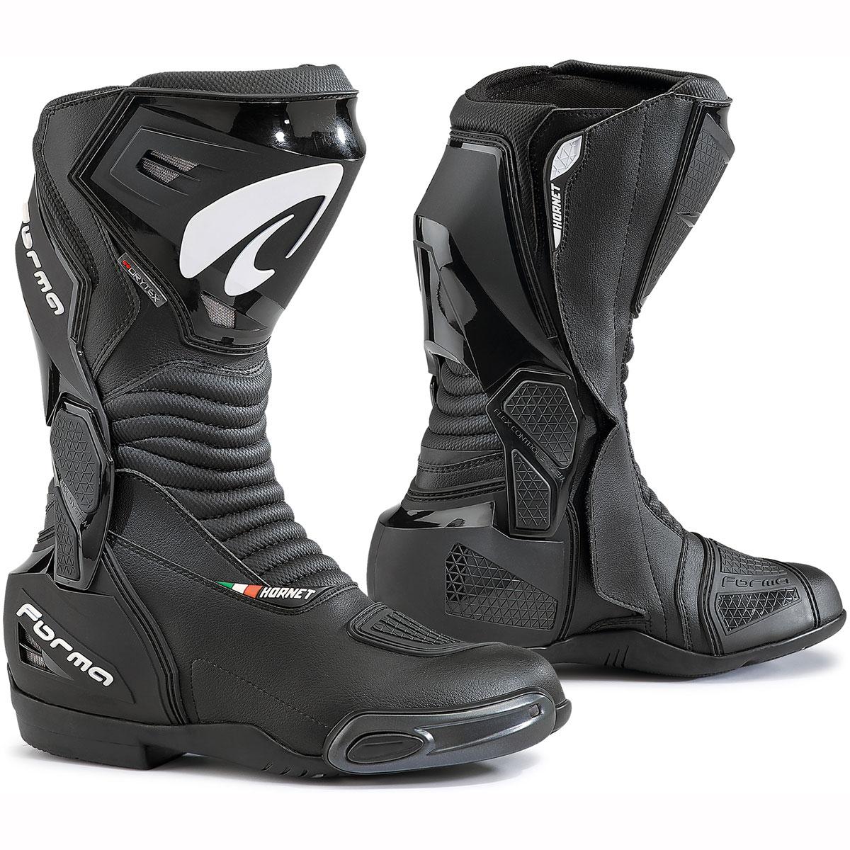 Forma Hornet boots