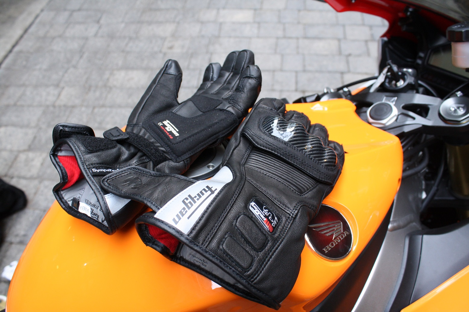 Furygan Blazer Sympatex gloves