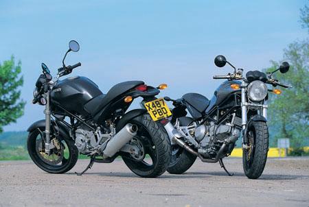 Road Test Ducati M600 Dark V M900 Metallic Visordown