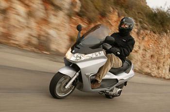 First Ride: 2006 Piaggio X8 250