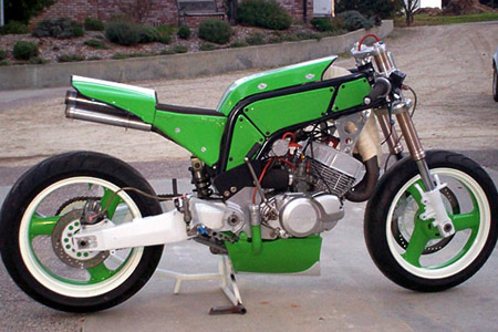 Jaybuilt 500cc 2stroke kawasaki special Grid Girls Visordown Motorcycle News